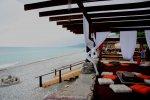 Лазаревское кафе Мексиканский тушкан, пляж Свирский в Лазаревском